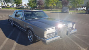 1983 Lincoln Continental Mark VI lowrider