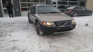 2004 Volvo V70 Xc Wagon AWD 3200$(NEGO) GREAT PRICE!!