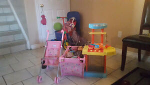Dolly bed and stroller Graco with small kitchen