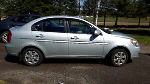 2010 Hyundai Accent Grey Sedan