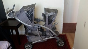 Double stroller in good condetion