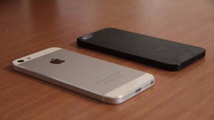 Apple iPhone 5 (16GB) - New Condition - Unlocked – Black & White Noble Park Greater Dandenong Preview