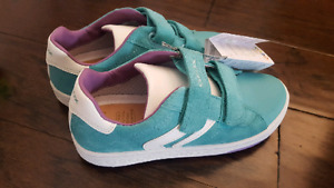 New With Tags Girl's GEOX Suede/Leather Shoes - Youth Size 3