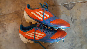 Chaussures de Soccer Adidas F50 / Taille 6