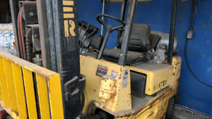 Fork Lift Hyster , chariot elevateur 5000 lbs