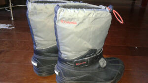 Columbia Boys Size 3 Snow Boots
