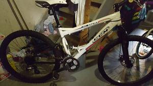 Ccm apex full suspension bike