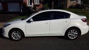 Mazda 3 2013 **83 000km** Gr. électrique + cruise control