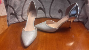 Price drop!! Diba silver party shoes-size  8