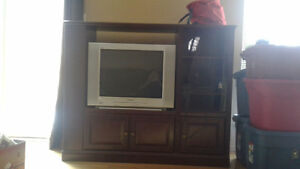 Tv unit must go with tv must be able to pick up
