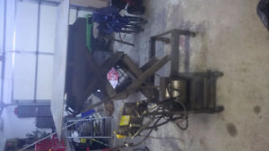 Hydraulic Scissor Lift Work Bench Kitchener / Waterloo Kitchener Area image 3
