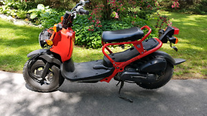 HONDA RUCKUS LOW KLM $1800 FIRM