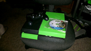 PS4 500 gig Hdd and one game