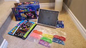 Lite Brite with pegs and picture refills