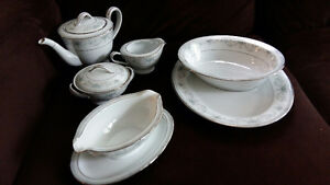 Vintage Fine China - Serving Piece Set - Colburn by Noritake Stratford Kitchener Area image 1