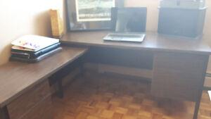 corner unit  desk or table