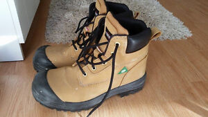 AGGRESSOR Leather workboots - SIZE 9