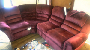 Lazyboy sectional recliner .