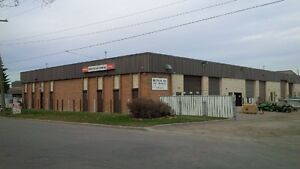 FOR LEASE: SMALL WAREHOUSE BAY WITH YARD IN FOOTHILLS INDUST.