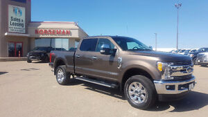 2017 Ford F-350 Lariat Diesel/Nav/FX4/ Heated Seats $67,987