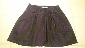 Black and purple Guess skirt