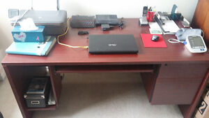 OFFICE DESK FOR SALE!
