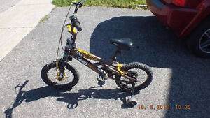 2 boy bikes - less that one season used (see all the pictures) West Island Greater Montréal image 3
