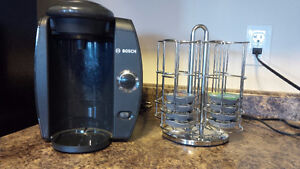Bosch Tassimo coffee machine with spin rack and coffee