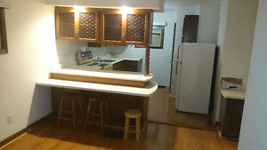 2 bedroom Across from Cherryhill Mall and Next to Bus routes