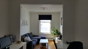 Near metro 5 1/2 available 1 June or July Flexible--Verdun