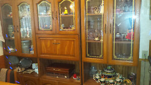 3 piece china cabinet in fantastic condition