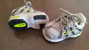 Baby boy shoes and hats (Nike, GAP)
