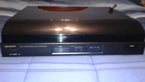 **REDUCED** LAB-810 BELT DRIVE AUTOMATIC TURNTABLE