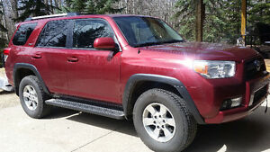 2010 Toyota 4Runner REDUCED (SR5 Limited withTrail Package)