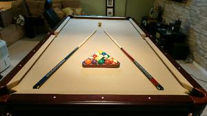 Beringer pool table 4x8 billiards