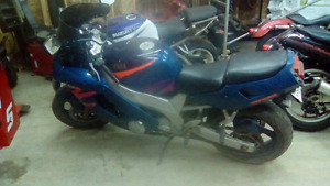 95 yzf600   2000 or equal value race quad or dirtbike