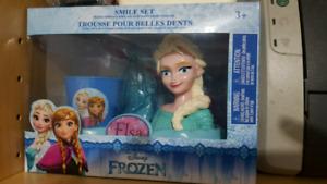 Brandnew Disney Frozen Toothbrush Set