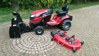 CRAFTSMAN snow blower & Lawn tractor V.Good Condition