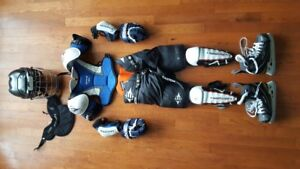 Full Set of Hockey Gear (Ages 5-7)