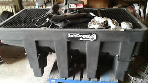 salt dogg salt spreader