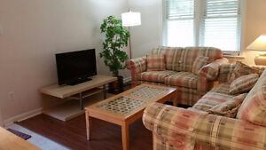 One Furnished Room for Short-term rent near McMaster University