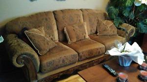 Divan 4 places et fauteuil style antique