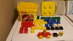 Lego Duplo Yellow Bucket  Set # 2997 - 40 Pieces -  Year 1998