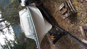 14ft antique project speed boat and 12ft fishing boat