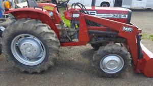 Messy Ferguson Tractor. 4WD