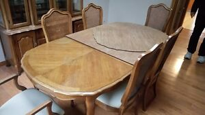solid oak dining room set with hutch Cambridge Kitchener Area image 3