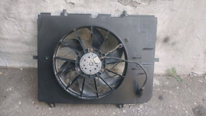Mercedes Benz E 320 00 01 02 03 Ac A/C Radiator Cooling Fan