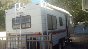Immaculate 1992 21.5 Terry Fifth Wheel for Sale