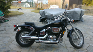 2004 Honda Shadow Spirit 750DC