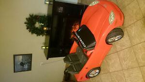 Motorized red corvette
